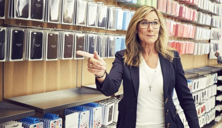 Apple perd Angela Ahrendts, qui aurait pu succéder à Tim Cook