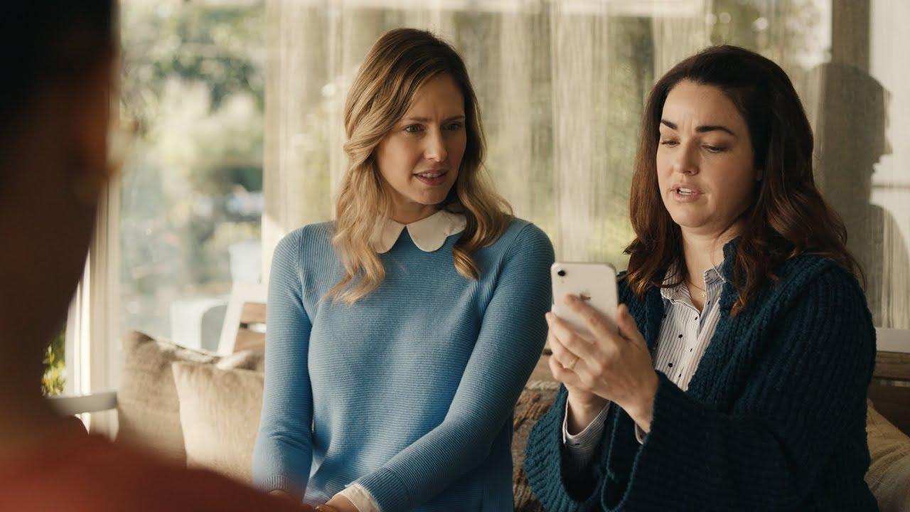 """Apple : une mère de famille indignée dans cette publicité pour l'effet """"bokeh"""""""