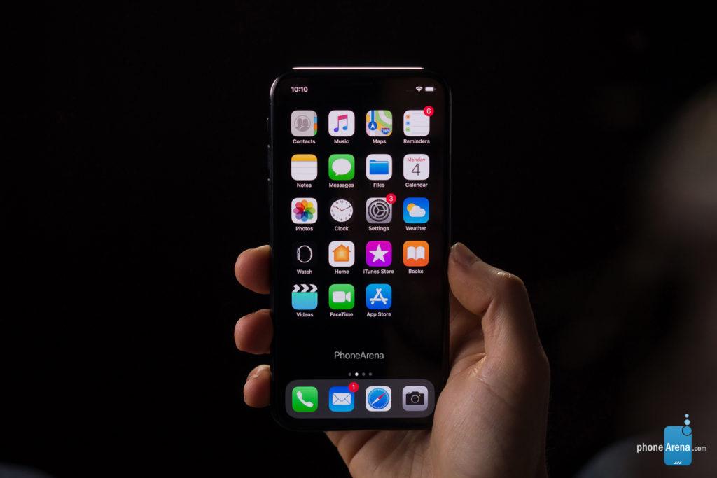 iPhone 11 XI rendu 3D sombre iOS 13 2 1024x683 - iOS 13 : un rendu 3D du mode sombre sur l'iPhone XI