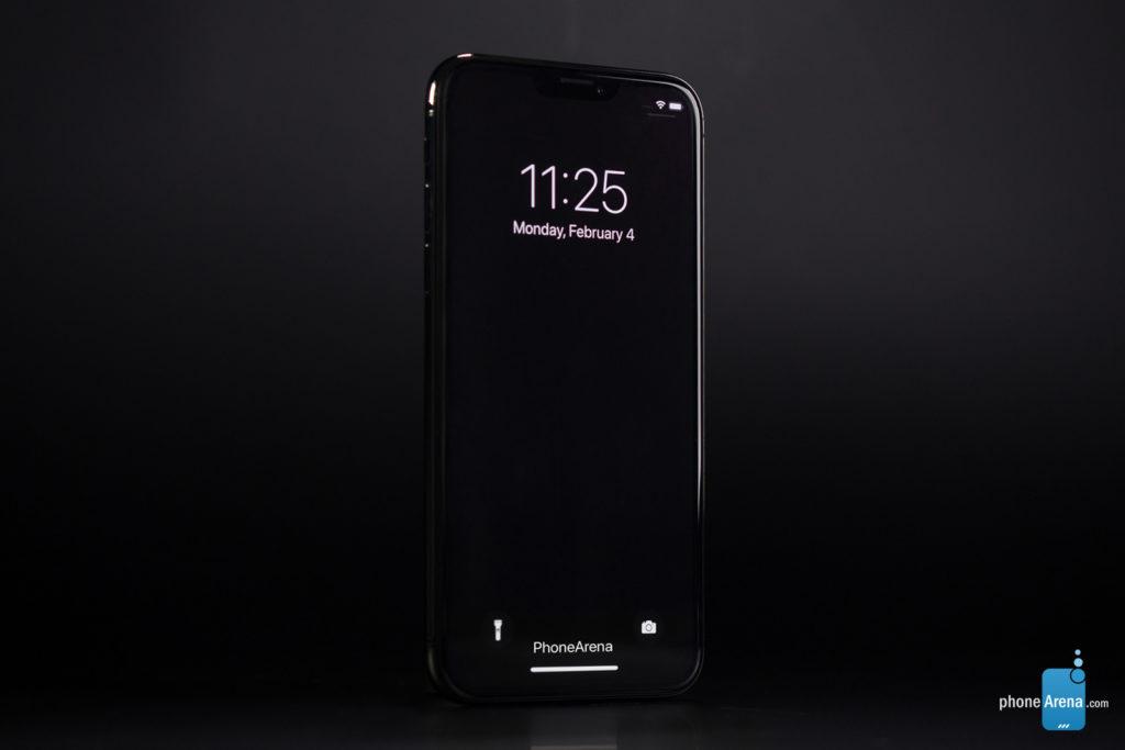 iPhone 11 XI rendu 3D sombre iOS 13 4 1024x683 - iOS 13 : un rendu 3D du mode sombre sur l'iPhone XI