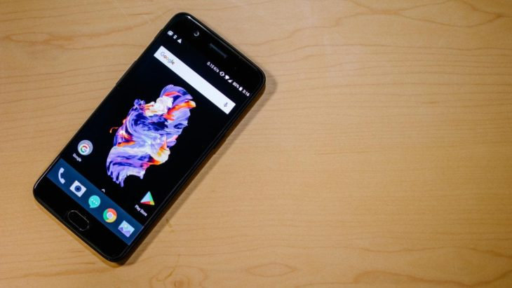 Sur les futurs smartphones OnePlus, le module photo sera invisible