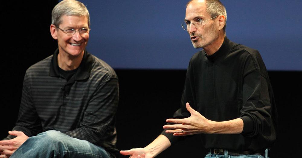 tim cook steve jobs - Tim Cook rend hommage à Steve Jobs, qui aurait eu 64 ans hier