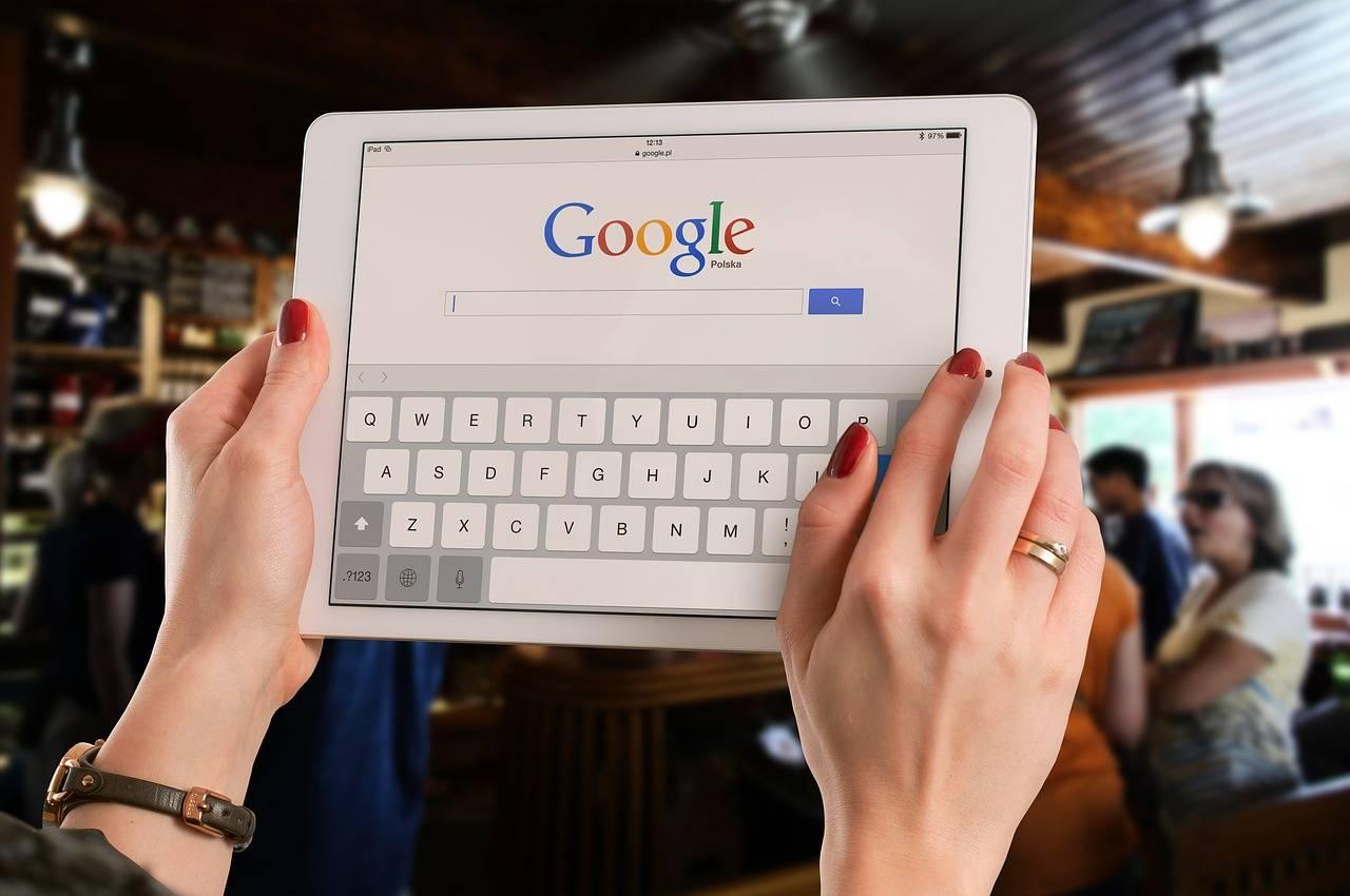 google tablette - Face au succès de l'iPad, Google abandonne les tablettes