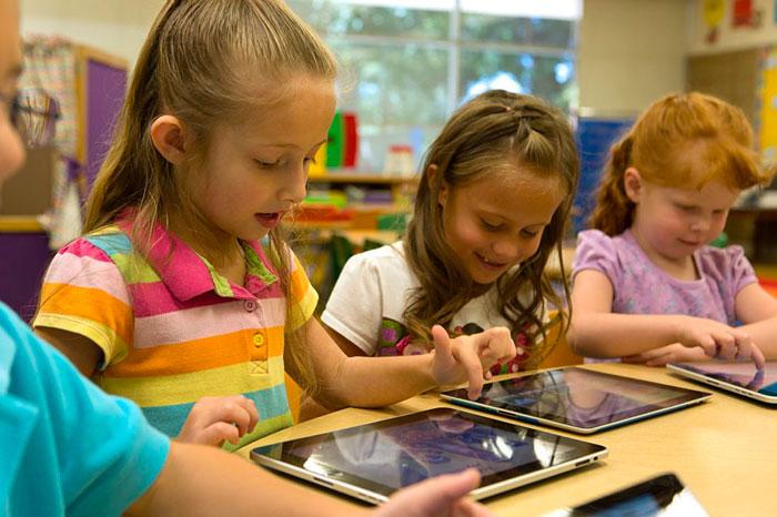 iPad : des élèves de 7 ans regardent du porno en classe, les tablettes retirées de l'école