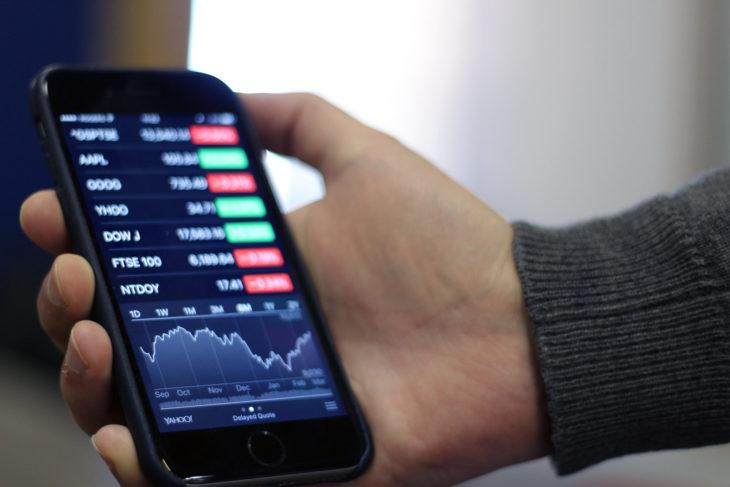 Comment gérer ses investissements financiers sur son smartphone en 2019?