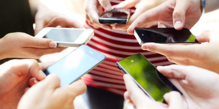 Infographie : l'addiction au téléphone dans le monde
