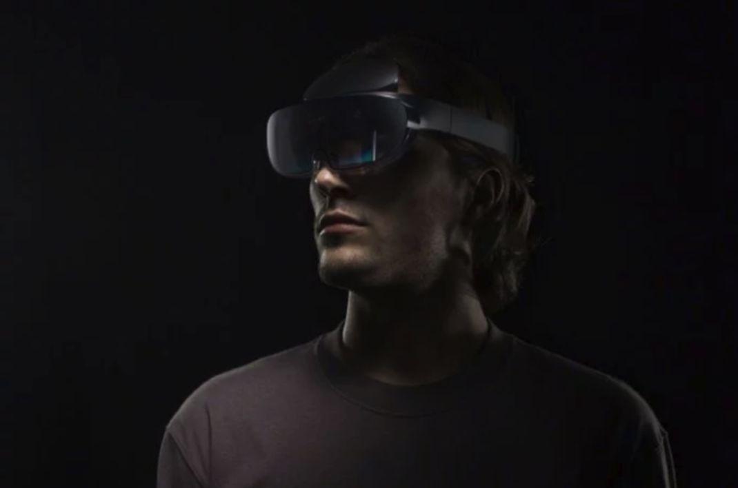 Oppo dévoile un casque de réalité augmentée qui détecte le mouvement des mains