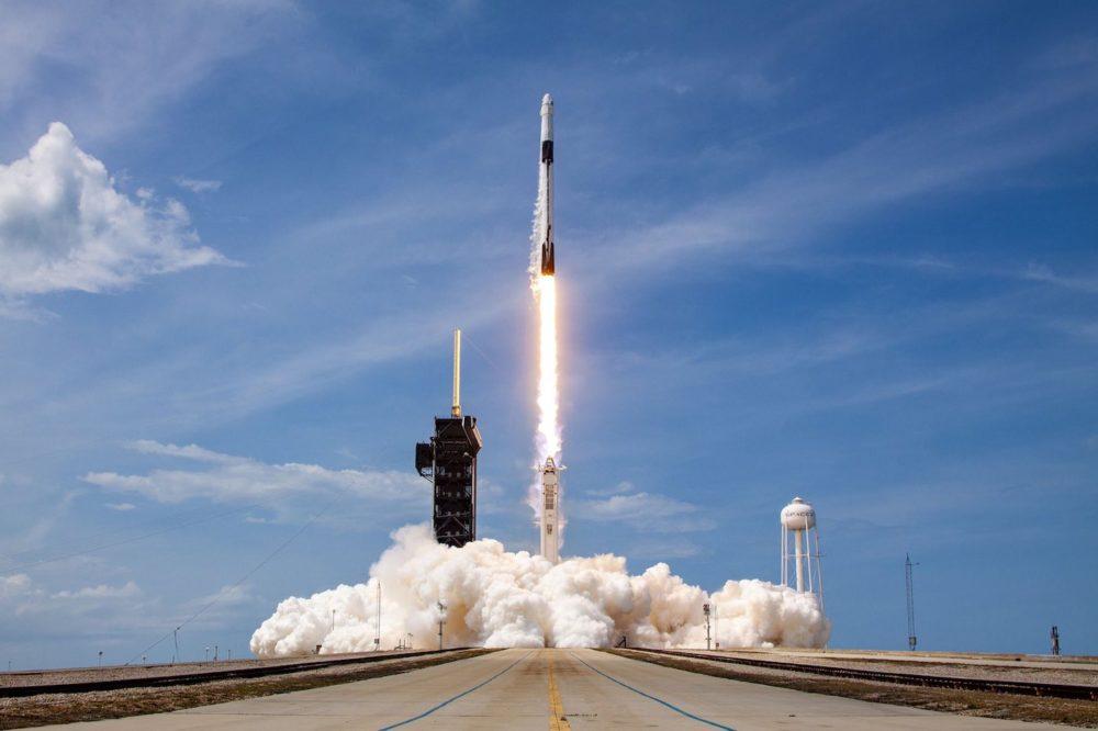 VIDÉO : revivez le décollage de la fusée de SpaceX vers l'espace