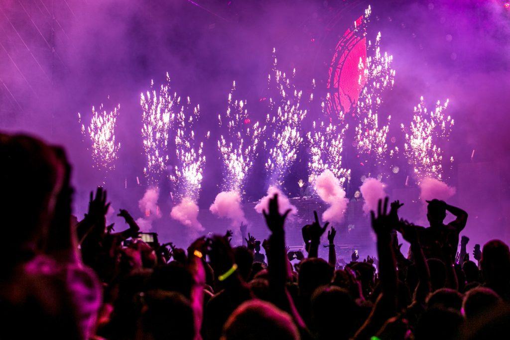 L'industrie du divertissement portée par le streaming & le live stream
