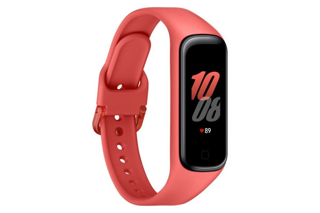 Samsung Galaxy Fit 2 1024x683 1 - Samsung dévoile un smartphone, une tablette, un bracelet, et un équivalent au AirPower