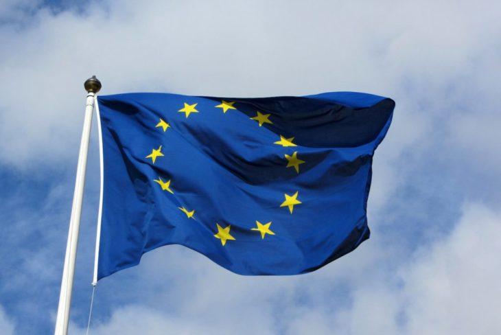 La justice européenne interdit aux pays la collecte permanente de données