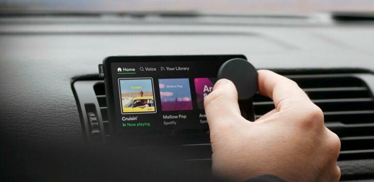 Spotify dévoile Car Thing, un écran tactile pour streamer sa musique en voiture