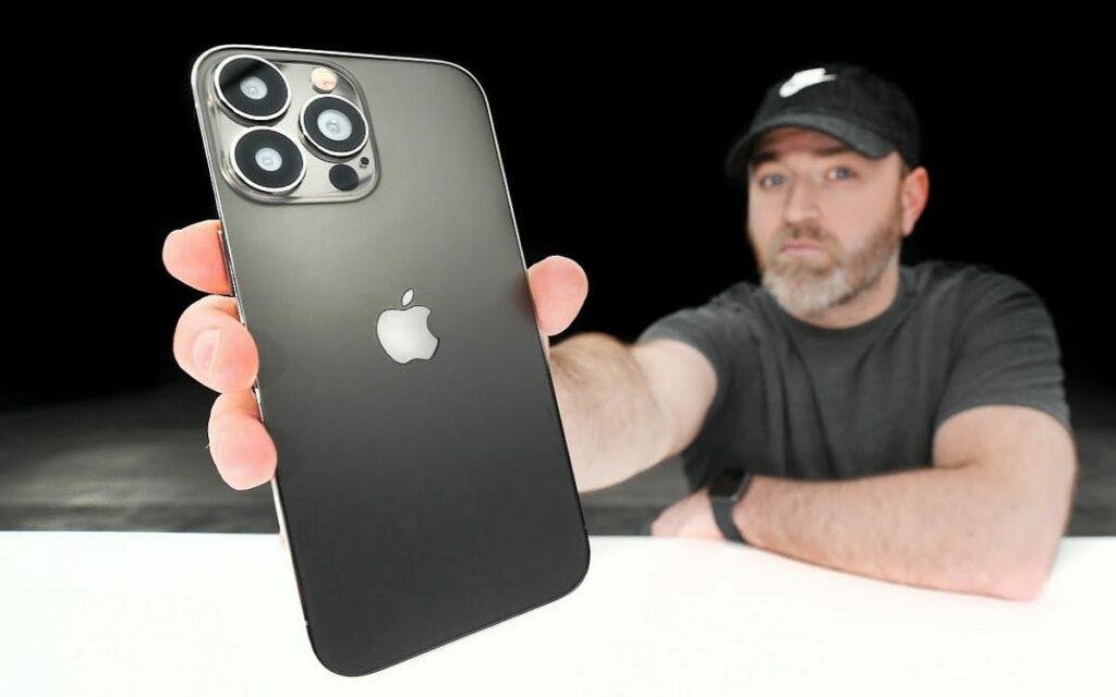 iPhone 13 : sa petite encoche dévoilée en vidéo